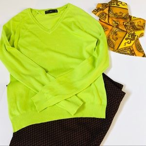 ZARA LIME GREEN V NECK SWEATER SIZE L